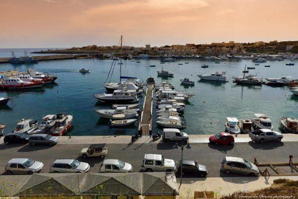 Il Porto Nuovo di Lampedusa poco prima del tramonto - Foto di Giancarlo Bogoni per Lampedusainfoto