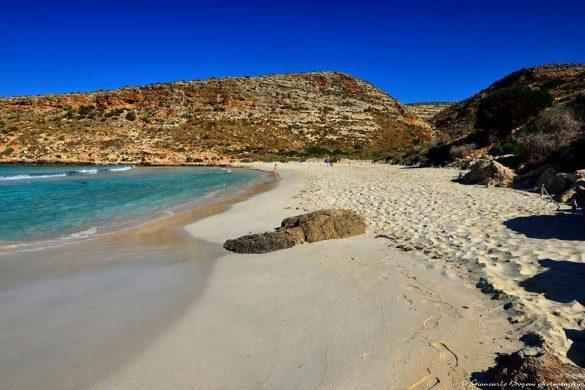 Lampedusa: la Spiaggia dei Conigli prima che arrivi la gente - Foto di Giancarlo Bogoni per Lampedusainfoto