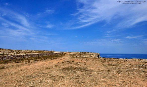 Costa settentrionale di Lampedusa: in qualunque punto della strada panoramica ci si fermi, sempre viste mozzafiato - Foto di Giancarlo Bogoni per Lampedusainfoto