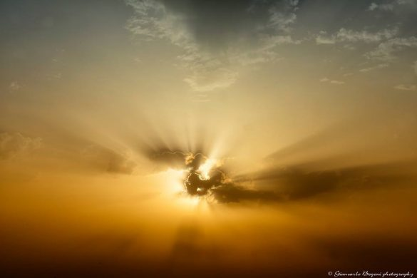 Sunrise, il cielo di Lampedusa mezzora dopo l'alba - Foto di Giancarlo Bogoni per Lampedusainfoto