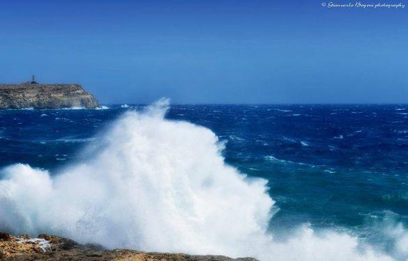 Il mare a Cala Pisana in un giorno molto ventoso - Foto di Giancarlo Bogoni per Lampedusainfoto