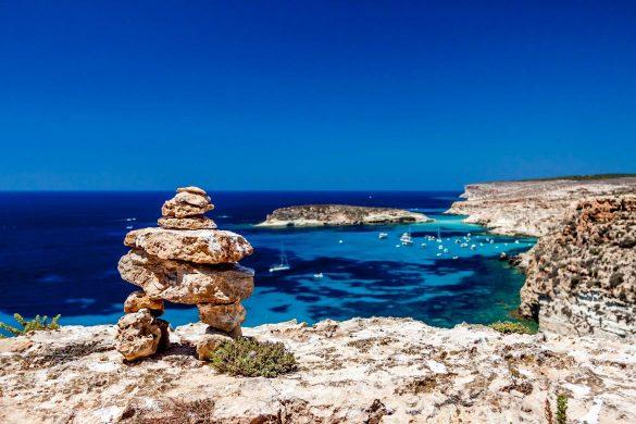 Guardando l'Isola dei Conigli, 1 agosto 2014 - Foto di Marco Martire per Lampedusainfoto